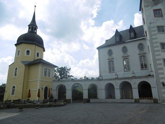 Neuhausen รูปภาพ