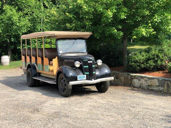 Sandown, Нью-Гэмпшир: US Jeepney!