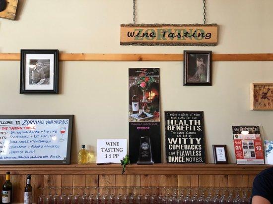 Sandown, NH: Tasting menu on wipe board