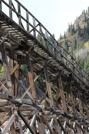 Red Mountain Pass: You have to appriciate the work that went into some of the old structures that are still standin
