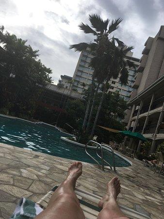 Waikiki Sand Villa Hotel: Spectacular Pool