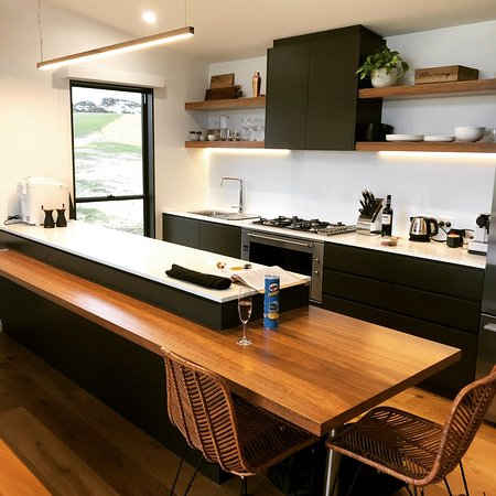 Stokes Bay, Australia: Great kitchen with everything you need