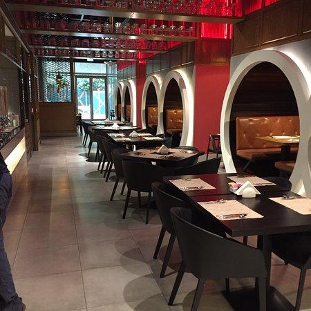迪拜宜必思中央一号酒店照片
