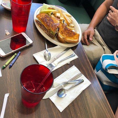 Long Beach Cafe: photo0.jpg