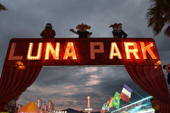 Luna Park: entree