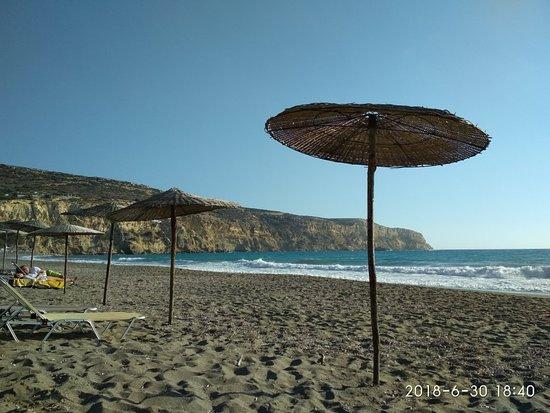 Komos Beach: Παραλία Κομμός