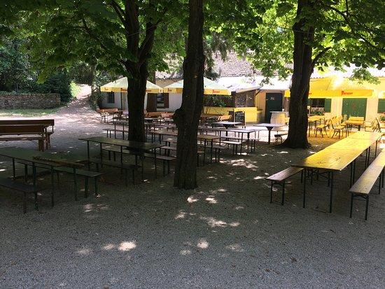 Gasthaus am Michelberg: Gastgarten02