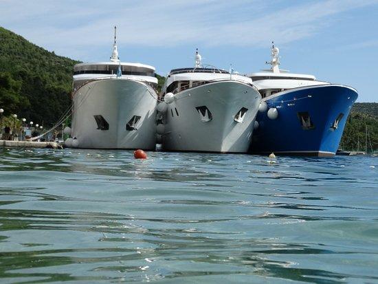 Admiral Grand Hotel: zicht over het water