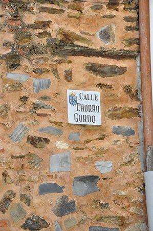 Arco del Chorro Gordo en Guadalupe: Street view.