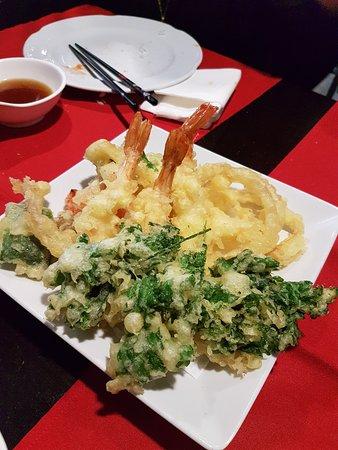 Fuji: Tempura de verduras y gamba