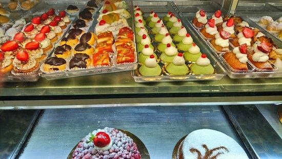 Bar Pasticceria e Gastronomia Rosanero: beautiful patisserie