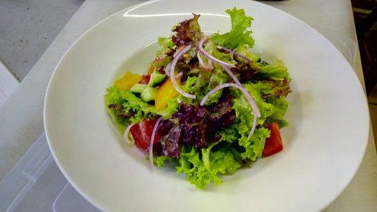 Dubki: Легкий, овощной салат.