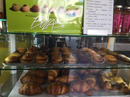 Martinucci: The pastry shelf