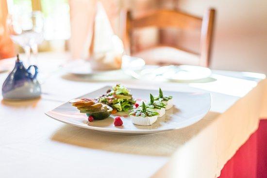 Cortijo de Tajar Hotel: Uno de nuestros platos