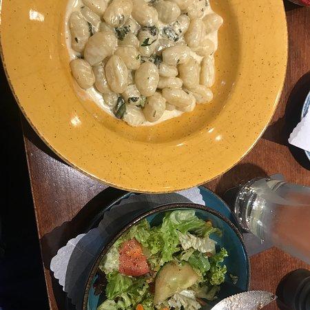 Ristorante Barrissimo: Mittags Menue ab 8,90€  Mit Beilagen Salat ! Fantastisch 🥗 🍜 🍝
