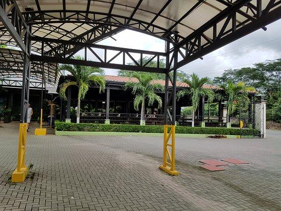 Orotina, Costa Rica: The cafeteria