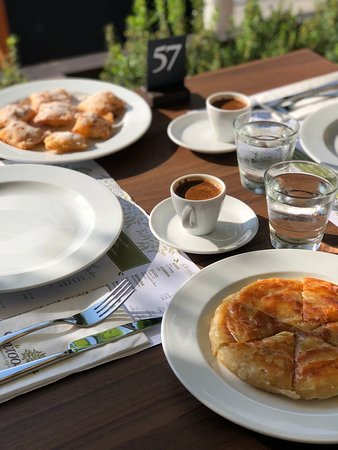 Pervolia, Cyprus: Cyprus coffee with traditional desserts