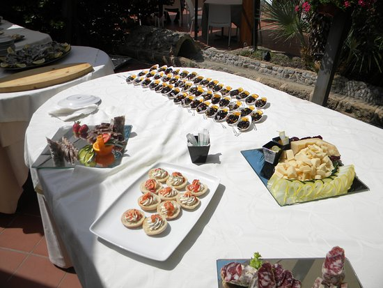 La Baronia: buffet di antipasti