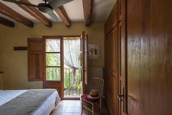 Siurana, España: Apartamento con habitación doble y sofa cama.