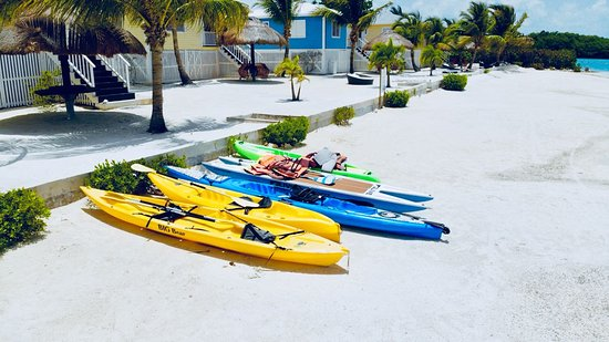 St. George's Caye, Belize : kayaks and paddle board complimentary to our guest enjoyment