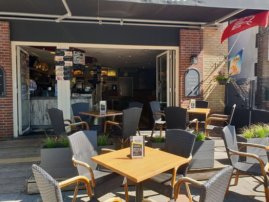 Akkrum, The Netherlands: Terras Cafetaria Veenema 2018
