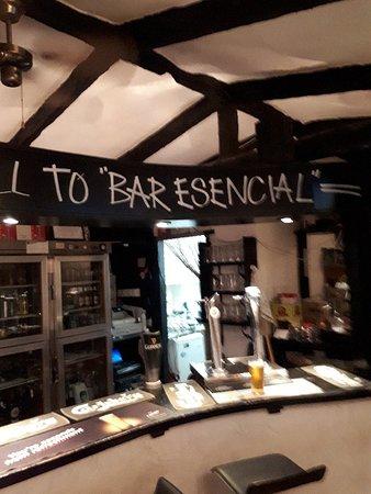 Bar Esencial