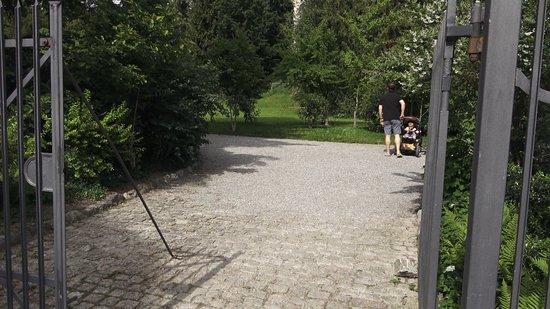 Heimatschutzzentrum in der Villa Patumbah