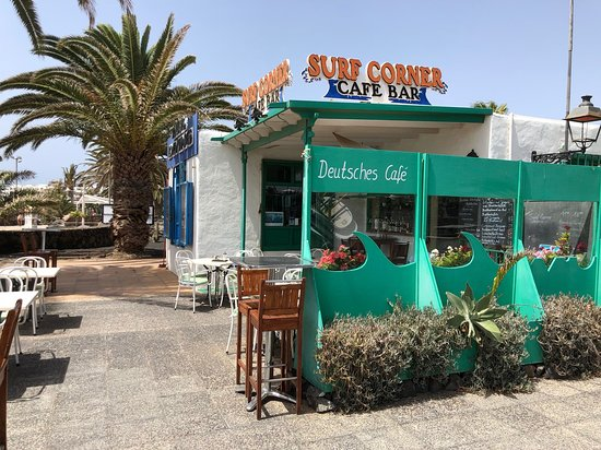 Surf Corner Cafe Bar: Vom Strand aus gut zu erkennen