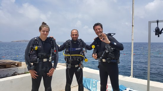 Discover Scuba Diving: Joe, Alex and Me before our dive.