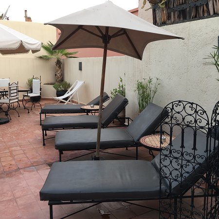 Riad Tawargit: Well kept, clean facilities. Relaxing space.