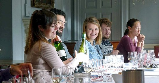 Saturday Intro to Wine with Champagne!