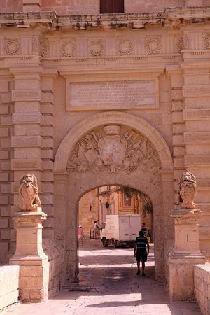Mdina Main Gate - Baroque gateway: Tor