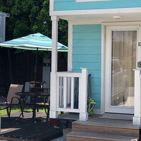 tiny house siesta sarasota floride voir les tarifs et avis cottage tripadvisor. Black Bedroom Furniture Sets. Home Design Ideas