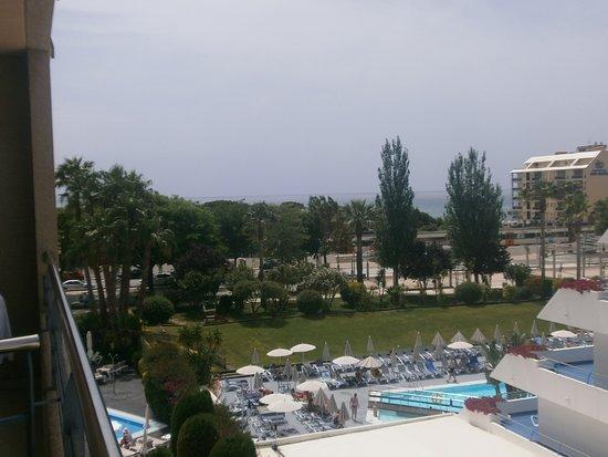 Aqua Hotel Onabrava & Spa: widok z pokoju