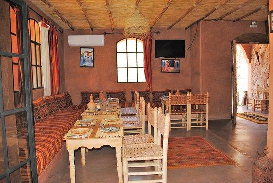 Dar El Fellah: salon restauration marocain