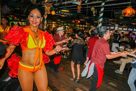 Carlos'n Charlie's Cancun: Salsa Night! Tuesday & Friday from 9 pm!