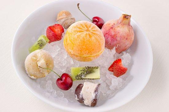 Ristorante Il Piccolo Mondo: Misto di fruttini gelato