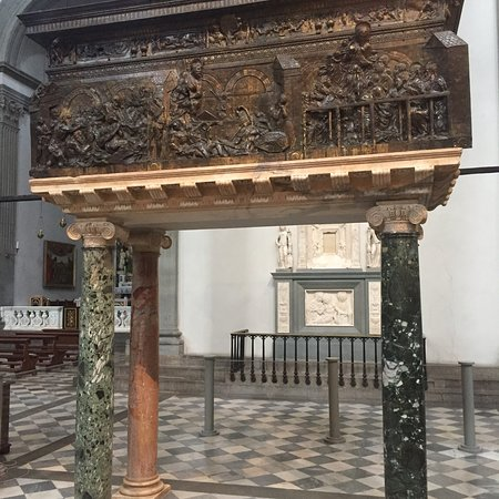 圣罗伦佐教堂照片