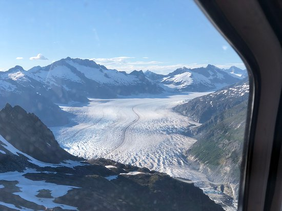 Alaska Icefield Expeditions: The approach