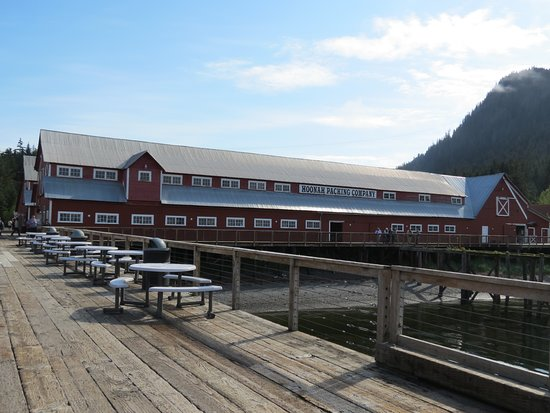 Warehouse Shops at Icy Strait Point
