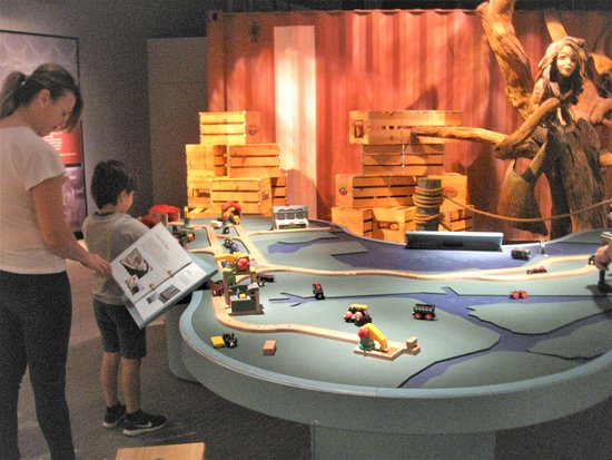Tampa Bay History Center: Kids Play Area