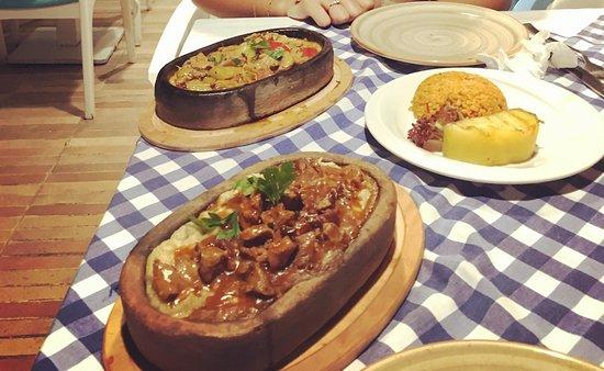Turk Art Terrace Restaurant: Hurem's suntan favorite & lamb meat with aubergine