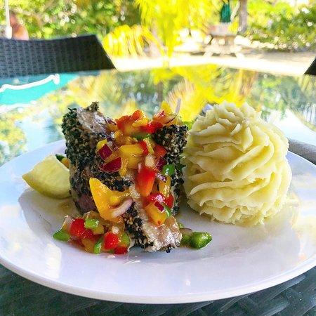 Lance aux Epines, Grenada: Seared Tuna