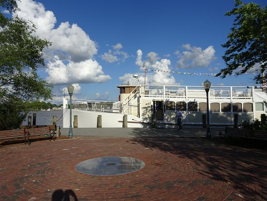 Chestertown, MD: The boarding point