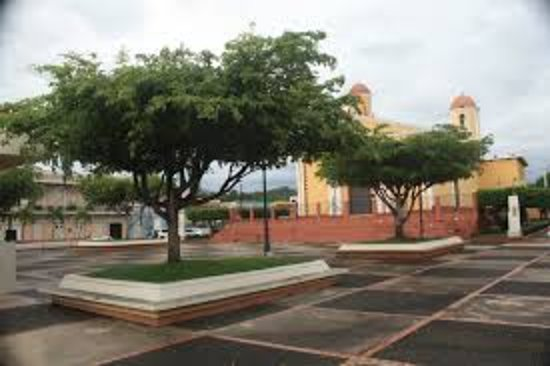 Sabana Grande Photo