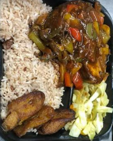 Coconuts Caribbean Cuisine: Delicious Brown Stew Fish