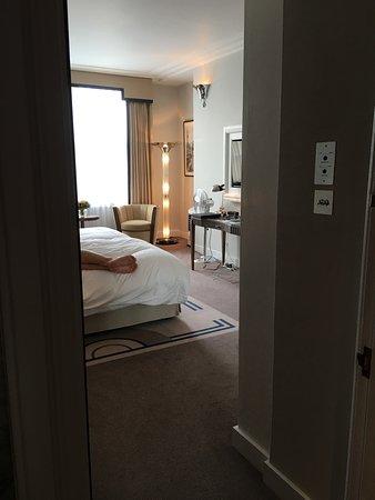 Smoking Rooms Or Balcony London Mayfair Hotel