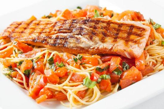 Carolina's Italian Restaurant: Salmon Pomodoro