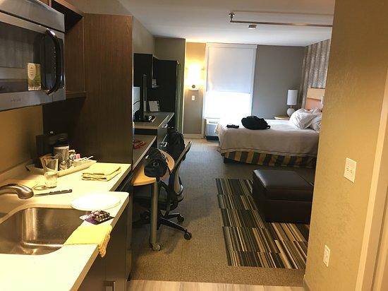 Home2 Suites by Hilton Dover, DE: Studio King Suite