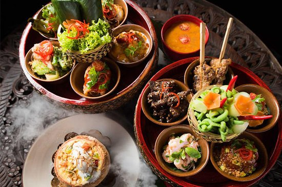 Chiang Mai Tradisjonell Khan Toke...